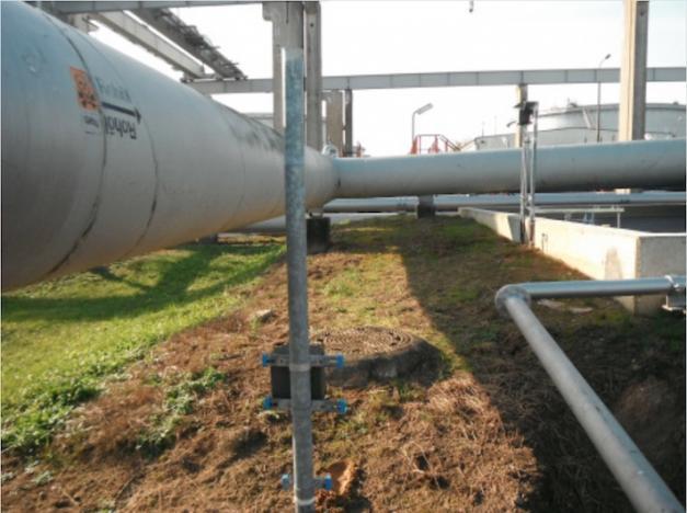 Mineralölverbundleitung mit nebenliegendem Abwasserschacht